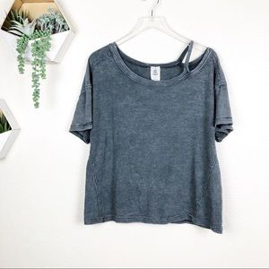 Free people gray oversized cold shoulder t shirt